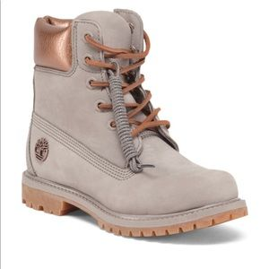 Womens grey and rose gold timberlands size 8.5